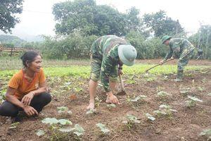 Giúp hộ nghèo phát triển kinh tế gia đình
