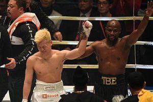 'Vua đấm bốc' Mayweather hạ võ sĩ Nhật Bản sau 139 giây