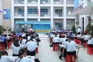 TP HCM: Hiệu trưởng cố tình quên phụ cấp ưu đãi của hàng loạt giáo viên