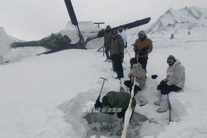 Trực thăng Ấn Độ bị vùi trong tuyết một năm vẫn bay tốt