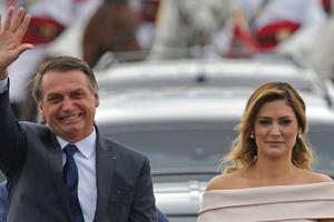 Tân Tổng thống Brazil nhậm chức, tuyên chiến với nạn tham nhũng