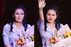 Ngọc Lan khóc nghẹn sau 6 năm trở lại sân khấu kịch