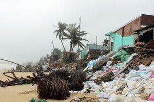 Triều cường uy hiếp nhiều khu dân cư tại Phú Yên