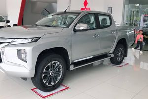 Mitsubishi Triton 2019 lộ thông số kĩ thuật chi tiết, khách hàng chờ giá 'đẹp'