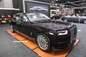 Rolls-Royce Phantom VIII và Cullinan; 2 mẫu xe siêu sang được chờ đón trong 2019