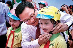 Ông Khuất Việt Hùng: 'Thấy nhẹ nhõm hơn khi tai nạn giao thông giảm'