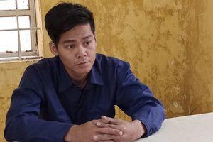 Nam thanh niên leo mái nhà vào cửa hàng FPT trộm 14 iPhone X