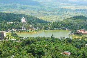 Xây dựng núi Cấm thành 'công viên tôn giáo quốc tế'