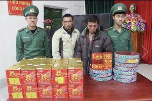 Quảng Ninh: Bắt giữ hai đối tượng vận chuyển hơn 60kg pháo lậu