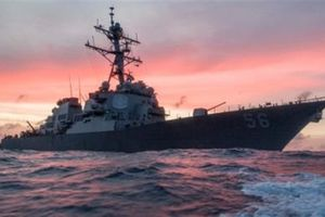 Mỹ hụt hơi khi Hải quân Trung Quốc tăng tốc
