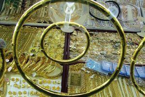Vàng SJC liên tục tăng giá