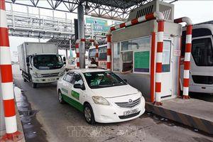 Hơn 8.000 lượt ô tô lưu thông qua trạm BOT Tiên Cựu trên Quốc lộ 10