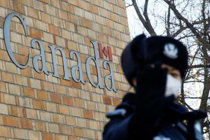 Trung Quốc bắt giữ 13 công dân Canada sau vụ giám đốc Huawei