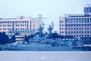 Trung Quốc bán chiến hạm 'sắt vụn' cho đồng minh với giá trên trời