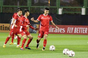 Đội tuyển Việt Nam bắt đầu tập luyện tại UAE chuẩn bị cho Asian Cup 2019