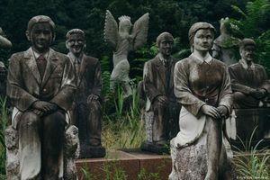 Cảnh tượng giật mình ở 'rừng tượng ma' khét tiếng Nhật Bản