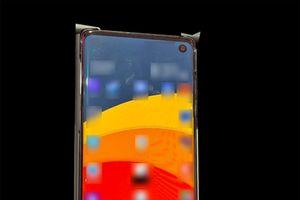 Rò rỉ hình ảnh Galaxy S10 với màn hình 'đục lỗ'