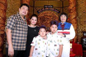 Con trai NSƯT Minh Vương: Doanh nhân thành đạt cống hiến thầm lặng cho nghệ thuật cải lương!