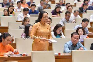 Bộ trưởng Bộ Nội vụ trả lời chất vấn của đại biểu Tăng Thị Ngọc Mai về chủ trương tinh giản biên chế trong ngành giáo dục