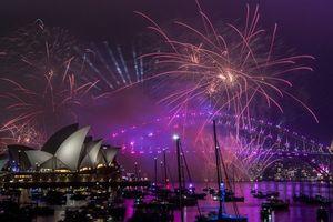 Bản tin audio Thế giới tuần qua số 43: Thế giới chào năm mới tràn ngập sắc màu