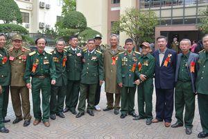 Giao lưu - tôn vinh 'Bộ đội Cụ Hồ - Bộ đội nhà Phật'