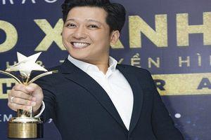 Thắng giải 'Nam DV điện ảnh được yêu thích nhất', Trường Giang nói gì?