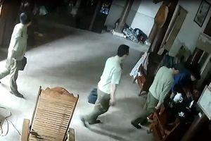 Toàn cảnh nghi vấn cán bộ QLTT tống tiền thầy lang ở Nghệ An