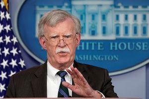 Mỹ lại lớn tiếng dọa không kích Syria nếu Tổng thống Assad dùng vũ khí hóa học