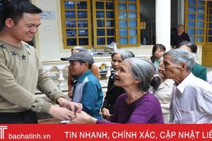 Mắc bệnh hiểm nghèo, chàng trai trẻ Hà Tĩnh vẫn miệt mài làm từ thiện