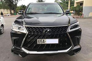 'Soi' Lexus LX570 Super Sport hơn 10 tỷ của đại gia Cần Thơ