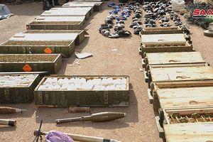 Quân đội Syria thu giữ một kho vũ khí lớn do Israel, Mỹ sản xuất ở Daraa