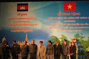 VOV và Đài Phát thanh Campuchia-Mối tình hữu nghị son sắt, thủy chung