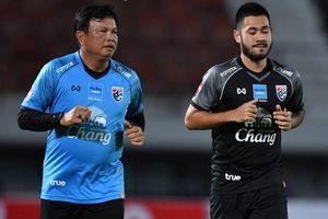 Chân dung HLV tạm quyền của đội tuyển Thái Lan thay thế Rajevac