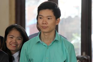 Bác sĩ Hoàng Công Lương nhập viện trước phiên tòa xét xử