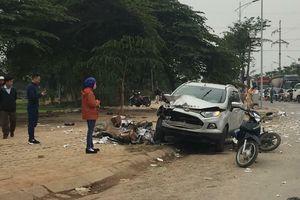 Vụ xe Ford tông chết 2 vợ chồng ở Hà Nội: Tài xế ra trình diện