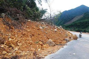 Cao tốc La Sơn - Túy Loan lại sạt lở nặng, người dân lo ảnh hưởng tính mạng