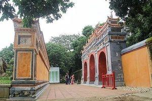 Bàn giao dự án phục hồi công trình tại Điện Phụng Tiên, Đại Nội Huế