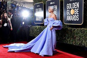 10 bộ cánh đỉnh nhất tại Quả Cầu Vàng 2019: Lady Gaga 'quét' thảm đỏ theo đúng nghĩa đen, có đại minh tinh chỉ đi sandal... 1 triệu đồng!