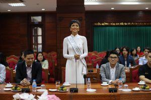 Tỉnh Đắk Lắk mời hoa hậu H'Hen Niê làm đại sứ cho cà phê Buôn Ma Thuột
