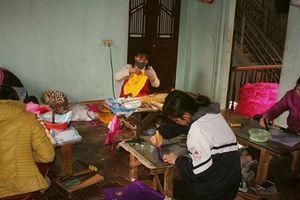 Vang danh làng quạt Chàng Sơn