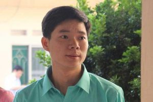 Vẫn mở phiên tòa dù bác sĩ Hoàng Công Lương nhập viện