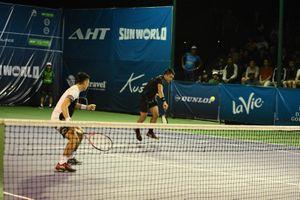 Trọng tài khiến 2 tay vợt Việt Nam mất chiến thắng tại Vietnam Open
