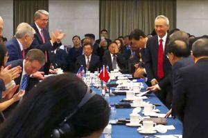 Vị khách bất ngờ trong cuộc đàm phán thương mại Mỹ - Trung