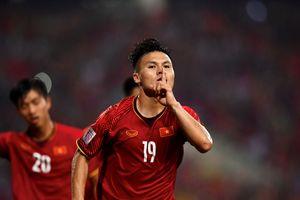 BTC Asian Cup xếp nhầm Quang Hải đá trung vệ trước Iraq