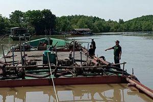 TP HCM: 'Cát tặc' lộng hành