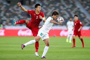 Hậu vệ Iraq đốt lưới nhà, 'biếu' tuyển Việt Nam bàn thắng