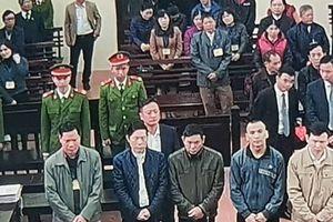 Đang xét xử vụ bệnh nhân chạy thận tử vong: Bác sĩ Hoàng Công Lương vắng mặt