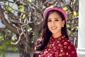 Hoa hậu Tiểu Vy khoe nhan sắc rạng ngời đón xuân