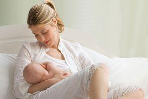 Bí quyết chăm sóc trẻ sơ sinh cho các bà mẹ trẻ