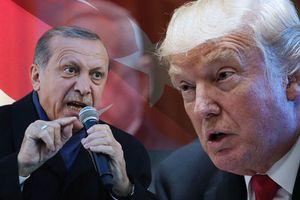 Thổ Nhĩ Kỳ yêu cầu Mỹ giao lại căn cứ quân sự trước khi rời Syria